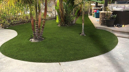 Redwood Elite example yard installation