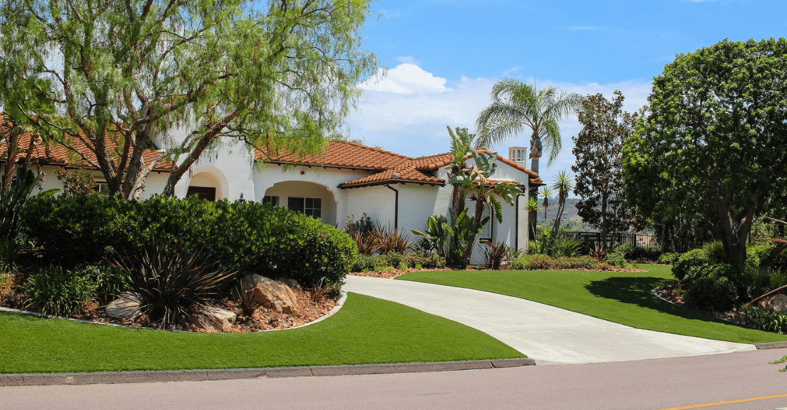 Home with artificial turf